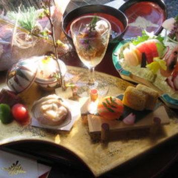お祝い懐石 『赤飯、鯛姿焼き付』 全12品