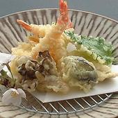 季節の食材を贅沢な一品でご堪能いただけます。