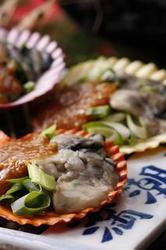 """活貝・海老料理""""満潮""""自慢の梅コースで、伊勢えび・海賊焼きをお楽しみ下さい。"""