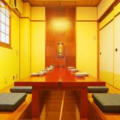 2・3階は6、12、20、30、40名様迄個室ご用意できます。