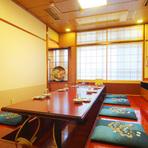 個室で贅沢な至福の空間は家族でゆっくりと楽しめます。