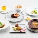 海老の湯引き、天然鯛のお刺身サラダ、フカヒレの姿煮を入ったSILIN火龍園の一番人気コース。