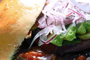 アメリカンテイストのハンバーガーで気分はNewYorker