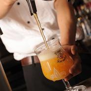 樽のビールなら常時10樽ご用意。ビールが苦手な方も注ぎたてのベルギービールなら美味しく楽しめます。