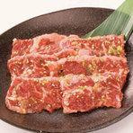 牛角コース 2500円(税込) さらに美味しくなった牛角カルビえをはじめ、牛角人気メニューが大集合のオススメNO.1コース!(12品)