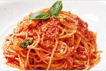 バジルとトマトのスパゲッティ