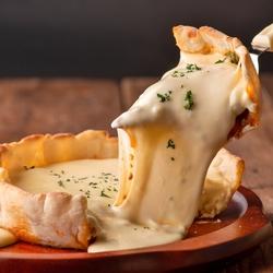 ちょっとrichな贅沢プラン!とろ~り濃厚チーズフォンデュはなんと「食べ放題」!思う存分お楽しみ下さい