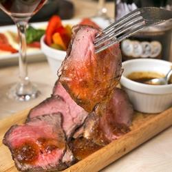 GABURICO名物の本格肉バルメニューを集めました メインはグリル肉orお鍋からお好きなメインでどうぞ!