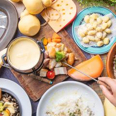 クーポン利用で4480円→3480円/前菜からスイーツまで、チーズをふんだんに使ったお得なチーズコース!