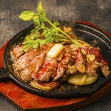 アンガス牛ステーキ シャリアピンソース