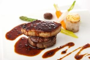 牛フィレ肉とフォアグラのポワレロッシーニ