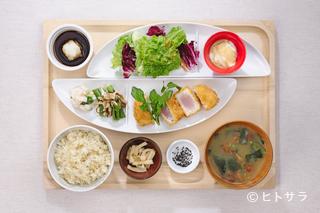 おぼん de ごはんの料理・店内の画像1