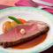 厳選食材を遠赤外線で焼き上げた伝統の味『銀座ローストビーフ』