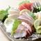 新鮮な刺身を食べ比べできる『刺身5種盛』
