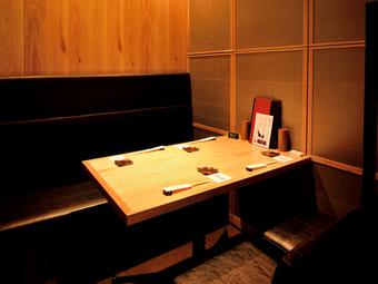 様々な席のバリエーション。個室もあります