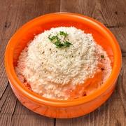 チーズ・お肉・キムチのコンビネーションが絶妙な新感覚サムギョプサル! 濃厚でマイルドな味わいが口いっぱいに広がります