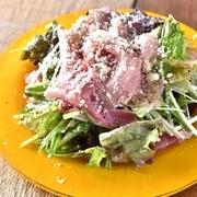 霜降りのトロ桜肉を使用した、贅沢な串焼き。柔らかな肉質でなめらかな食感。口に入れた瞬間、旨味と甘味を感じられる、極上の逸品です。