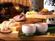 絶妙な火入れで食感良く、じっくりと仕込んだローストビーフは濃密なコクと甘みが特徴です。さらに牛肉との相性抜群、黒トリュフを添える事で華やかな香りが引き立ちます。
