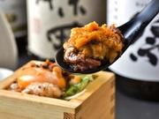 珍しい「合鴨の肉握り」は、上質な脂による柔らかな食感と独特な風味がクセになります。表面は香ばしく、中はしっとり食感に仕上げた自慢の逸品!