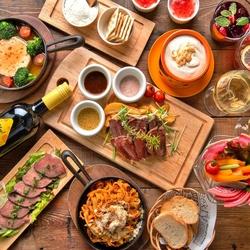 チーズフォンデュはもちろん、メイン・〆物・デザートまでお肉&チーズの魅力満載!忘年会/宴会などに◎