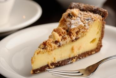 濃厚チーズケーキとクッキーの奏でるハーモニー『クッキークリームのチーズケーキ』