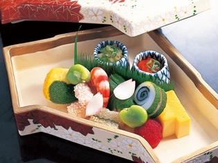 季節ごとに食材を変えて、旬の味わいを贅沢に楽しむ