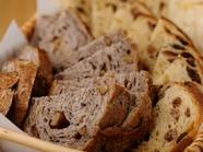 国産小麦を使った自家製『パン』