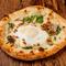 ピッツァソースにアンチョビの隠し味で美味しさアップ『マルゲリータ』