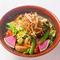 豚肉の上品な甘みと旨みを味わえる『美明豚と京水菜の蒸篭蒸し』
