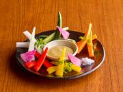 日本の和牛ブランド飛騨牛のほくほく甘いコロッケに洋食デミソースがかかった濃厚な逸品♪