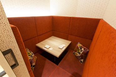 いつ訪れてもふたりの時間を満喫できる個室はデートにも最適