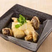 焼きあごだしの和風餡で仕上げた特製の逸品です。