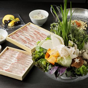 松阪ポークと定番のお野菜しゃぶしゃぶコース