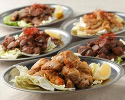 焼鳥はもちろん、枝豆・塩だれキャベツ・ポテトフライ・唐揚げまで食べ放題!2時間飲み放題もついてます