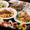 多彩な料理を食べられる飲み放題付きのコース料理