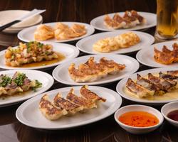 華やかなコース料理にかわいいデザートプレートがついて、記念日にぴったりのコースです。★金土4000円★
