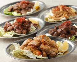 【食べ飲み放題】豚カルビ、豚ロース、牛バラ、牛ロース、ラム、鶏もも!お好みに合わせたスープで♪