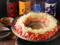 野菜と肉の旨味を堪能できる『和牛と三元豚の炊き肉鍋』