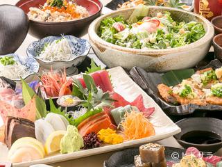 旬鮮魚と個室和食 別邸 膳屋 四日市店の料理・店内の画像1