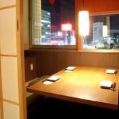 どの部屋も暖かい空気に包まれる、2名~70名までの個室