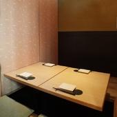 どの部屋も暖かい空気に包まれる、2名~32名までの個室