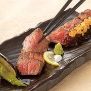 国産A4和牛のもも肉を使用しております。しっかりした赤身らしい旨味で、且つサッパリとお召し上がりになれます。