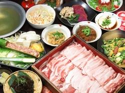 <2時間飲み放題付>沖縄料理とあぐーしゃぶしゃぶ食べ放題<41品> 4480円⇒3980円