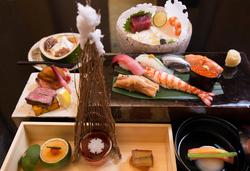 季節の料理10品(寿司7貫)がお愉しみいただける懐石です。接待・会食におすすめです※画像はイメージです