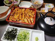 愛知県産銘柄鶏 ハーブ飼育『木曾美水鶏』を使用し、低カロリー・高たんぱく質なヘルシーなひつまぶしです。 柔らかくジューシーがお好みの方はこちらをお召し上がりください。