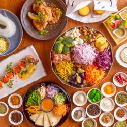 全10品の豪華なお料理を飲み放題付コースでご用意♪ 職場の宴会では一番人気のプラン♪