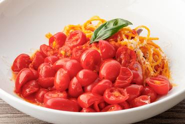 トマトを美味しく食べられる一皿『トマトソムリエのっくんの厳選トマトで「ポモドーロ」スパゲッティーニ』