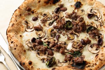 ピッツァイオーロがつくるピザ生地が絶品『ブォングスタイオ』