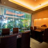 接待や顔合わせなど大切な会食に利用できる完全個室