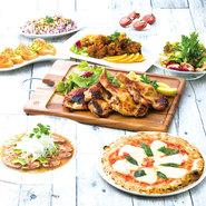人気のメニューを盛り込んだ名物コースをメインに、旬の食材を取り入れた自慢のコースの数々が用意されている【ニワトリマーケット】。色鮮やかな野菜と豪勢な鶏料理で、宴会を盛り上げてくれます。昼宴会にも対応。